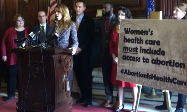Democrats circulate resolution to support abortion access