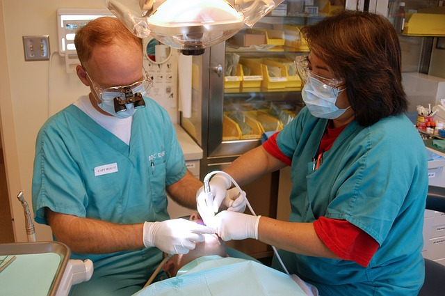 Dentists, insurers clash over renting networks