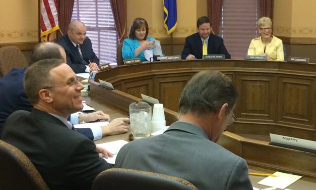 Health committee approves dental hygienist bill