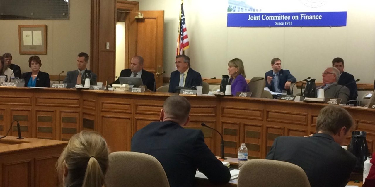 Budget committee amends budget to add staff for Prescription Drug Monitoring Program