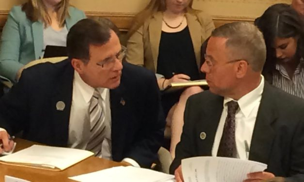 Health committee approves bill allowing chiropractors to perform sports physicals