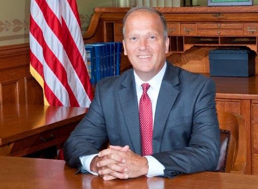 Schimel, other attorneys general call for insurers to review opioid-prescribing policies