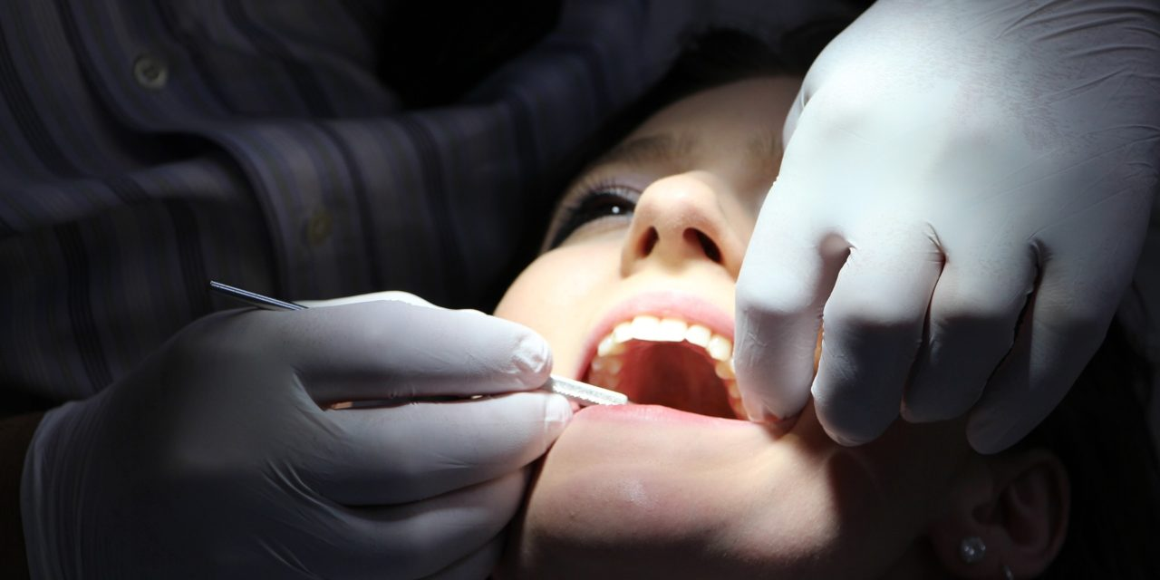 Panel debates need for dental therapists