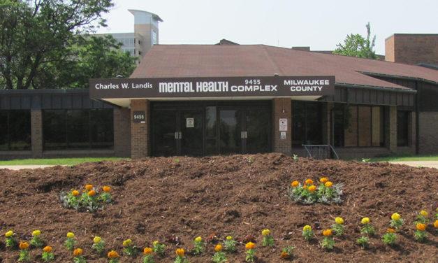 Milwaukee mental health board backs additional crisis resource center