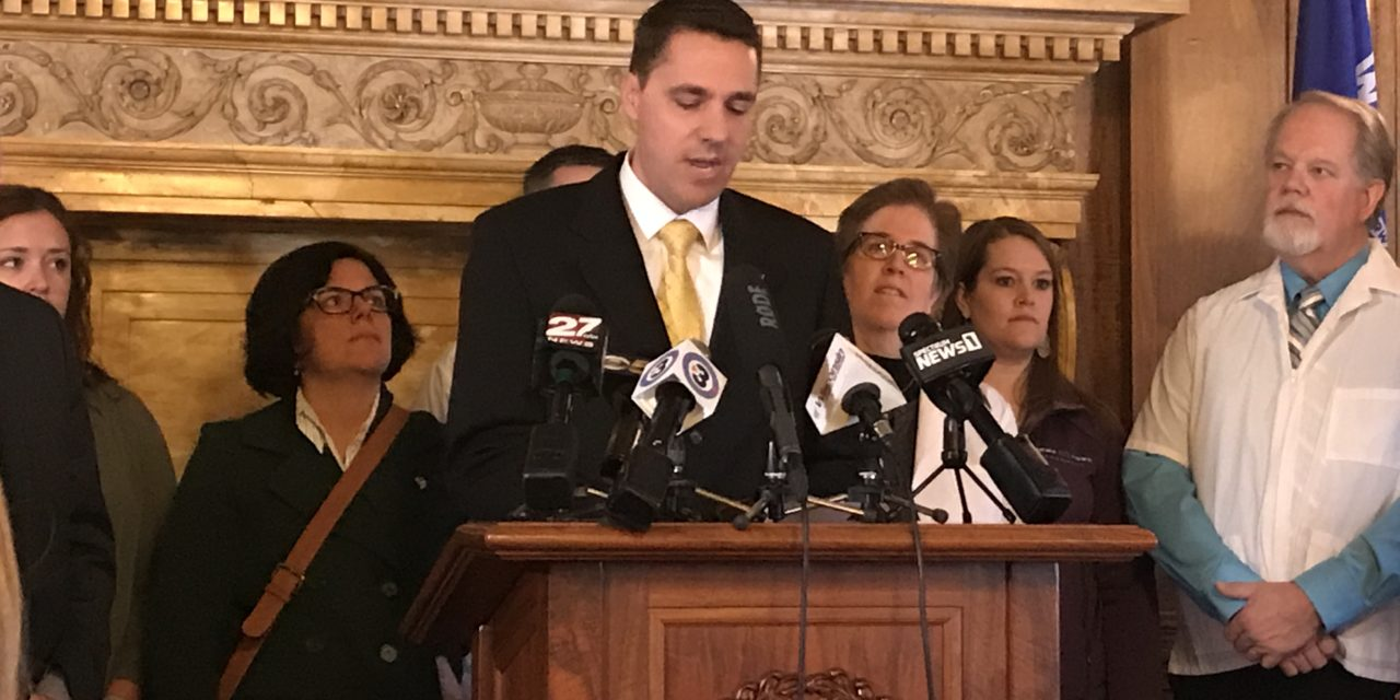 Lawmakers seek more transparency of pharmacy benefit managers